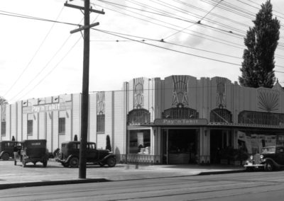 South Side of Pay and Take It Grocery Store, E 2022 Sprague Avenue, 1933